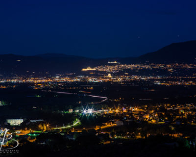 bettona e assisi di notte